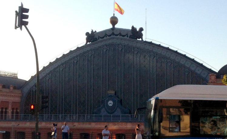 マドリード市内から空港までのバスに乗る